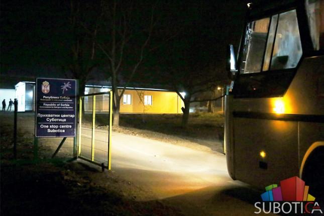 Šezdesetak migranata iz Šida prebačeno u Suboticu