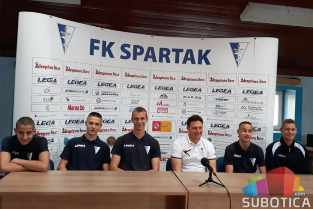 Fudbal: Spartak predstavio petoricu stipendista