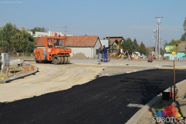 Uskoro završetak radova na kružnom toku na Makovoj sedmici