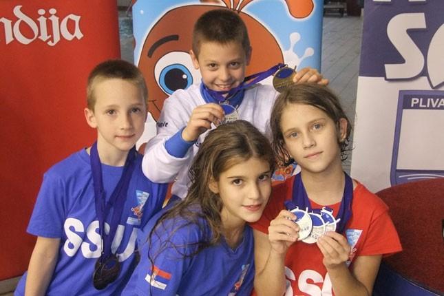 Plivanje: Spartakovi klinci osvojili 34 medalje na međunarodnom mitingu u Novom Sadu