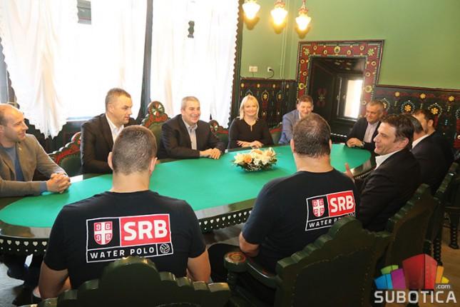 """Vaterpolo: Srbija i Rumunija večeras na bazenu """"Prozivka"""""""
