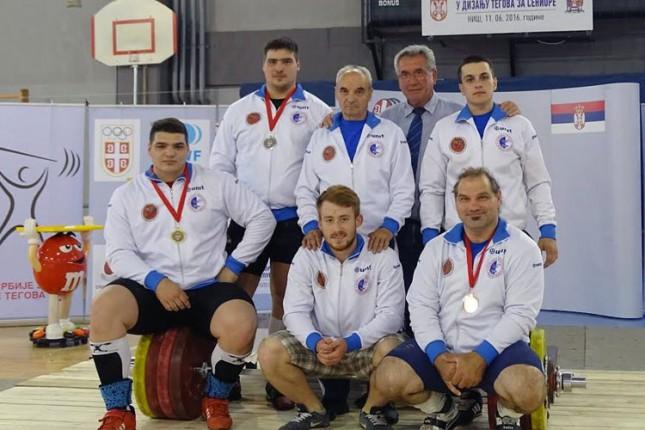 Dizači tegova Spartaka osvojili 5 seniorskih medalja na Prvenstvu Srbije