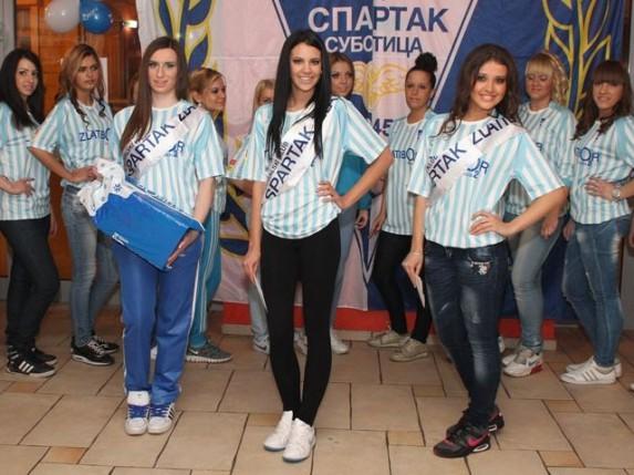 """Plavo belo veče fudbalskog kluba """"Spartak Zlatibor voda"""" i izbor za najlepšu navijačicu sezone"""