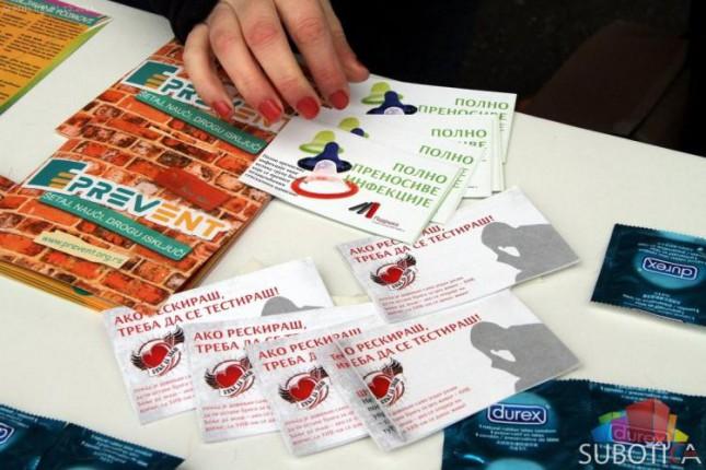Održana akcija povodom svetskog Dana borbe protiv HIV-a