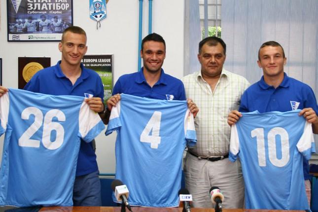 Trogodišnji ugovori za trio fudbalera Spartaka