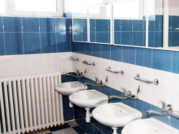 Rekonstruisane svlačionice i kupatila na Gradskom stadionu