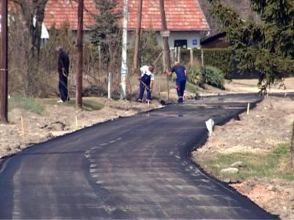 Ulica Petra Popovića Age dobija asfalt