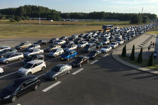 Višečasovna čekanja na Horgošu, za poslednja 24 časa prešlo 50 hiljada putnika