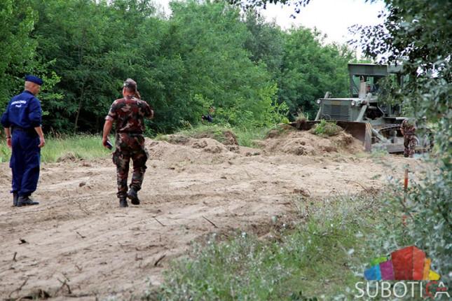 Mađarska počela podizati ogradu duž granice sa Srbijom