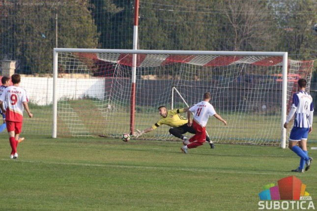 Fudbal: Bačka 1901 pobedila tek u 12. kolu