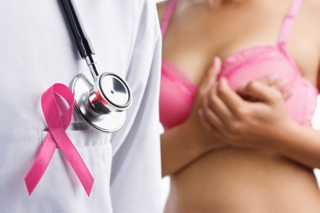Rizik da oboli od raka dojke ima svaka 8. žena