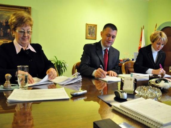 Kolektivni ugovori za Dom zdravlja i Apoteku