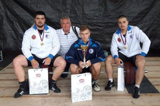 Dizanje tegova: Spartak trijumfovao u Sloveniji