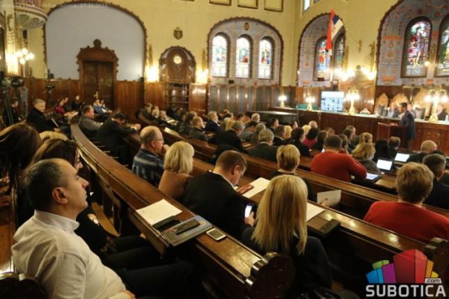 Burno usvajanje programa poslovanja javnih preduzeća