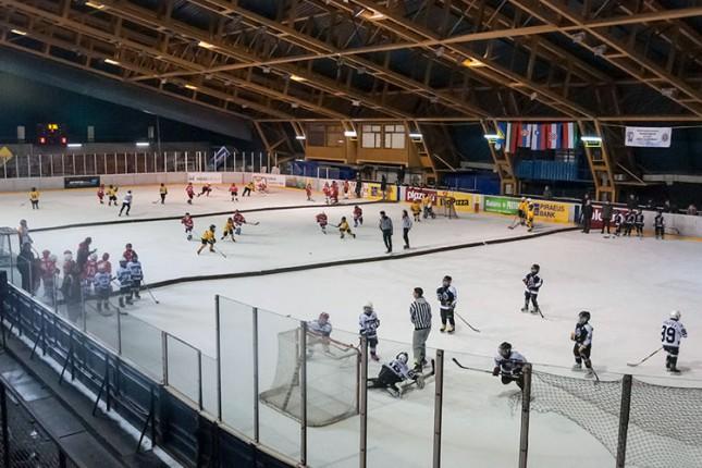 "Mladi hokejaši Spartaka na međunarodnom turniru ""Mirko Holbus 2016"""