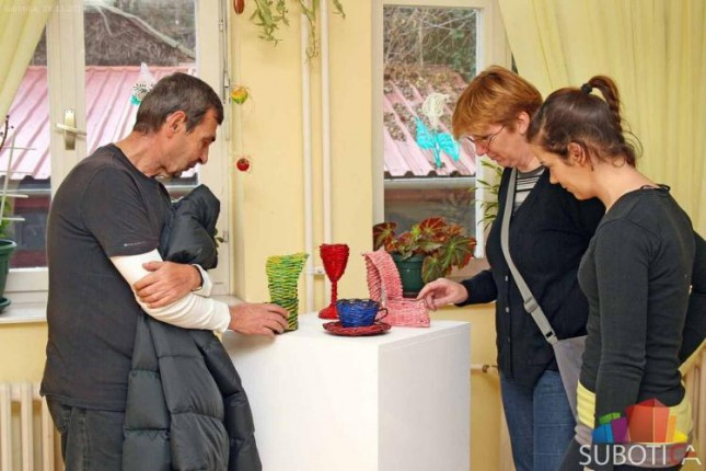 "Održana izložba radova u Gerontološkom klubu ""Kertvaroš"""