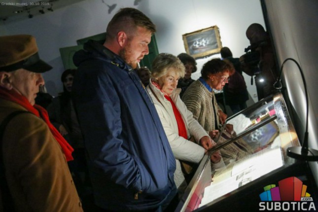 Izrečena i neizrečena sećanja na Holokaust