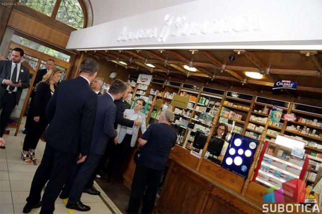 "Premijerka i ministar zdravlja isprobali sistem ""e-recept"" u Subotici"