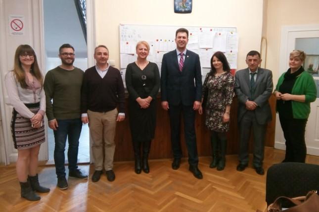 Pokrajinske i republičke delegacije posetile Hemijsko-tehnološku školu