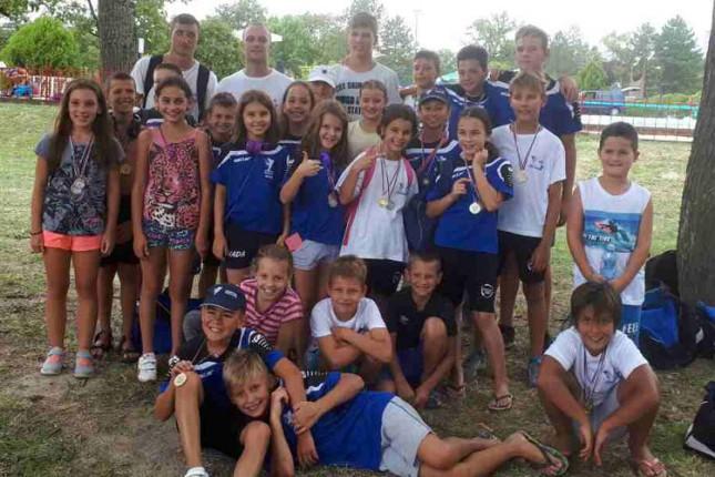 Plivači Spartak-Prozivke osvojili 26 medalja na međunarodnom mitingu u Senti
