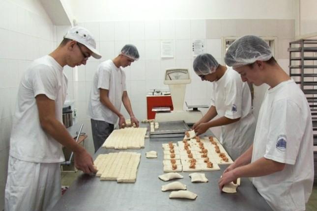Da sam pekar koji noću radi...