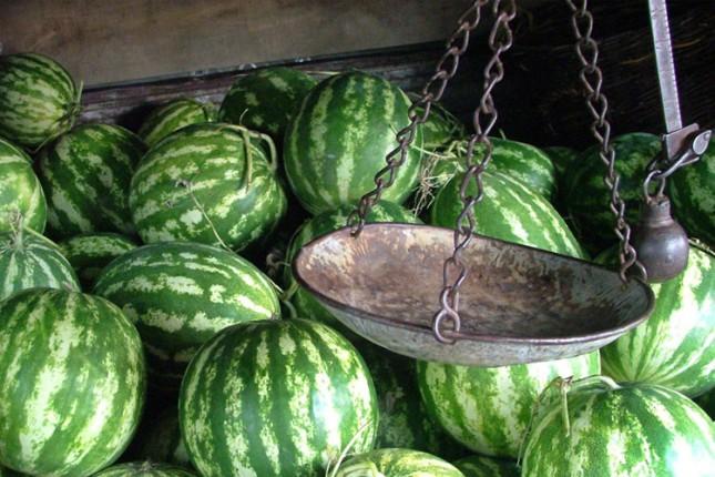 Prodaja bostana i sezonskog voća i povrća strogo regulisana