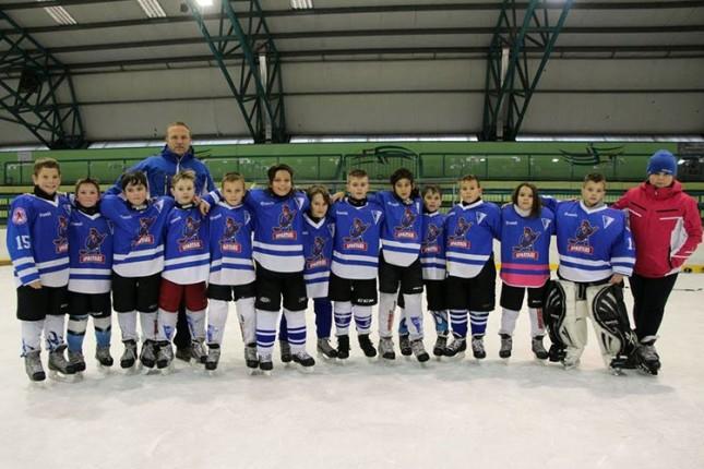 Mladi hokejaši Spartaka nastupili na dva međunarodna turnira