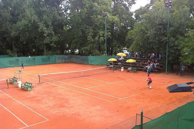 """Trojica tenisera iz Srbije u polufinalu, prvi nosilac završio učešće na teniskom """"Futures 12"""""""