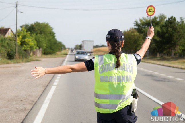 Saobraćajna policija ispisala 1346 prekršajnih naloga tokom protekle sedmice