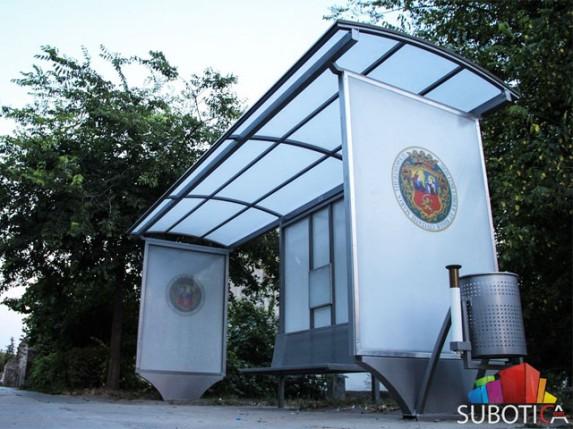 Nove nadstrešnice na starim autobuskim stajalištima