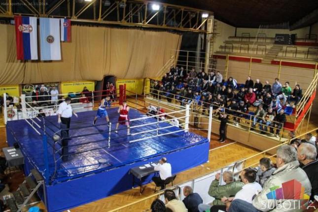 Bokserski duel Spartak-Vojvodine i Radnika iz Bjeljine u subotu u Hali sportova