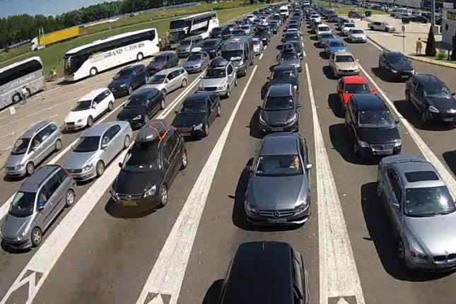 Velike gužve na Horgošu, još intenzivnije tokom vikenda