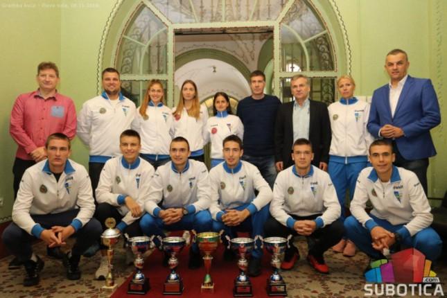 Šampioni tenisa u Srbiji na prijemu u Gradskoj kući