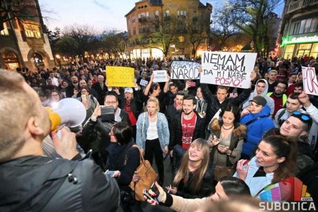 Protest protiv novog predsednika održan i u Subotici