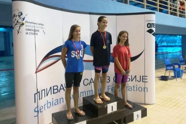 Dve medalje Anje Zubelić na Prvenstvu Srbije u plivanju