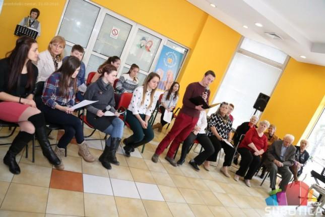 Obeležen Svetski dan poezije – stihovi za sve generacije