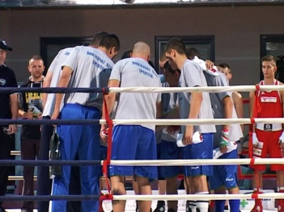 Pobeda boksera Spartaka protiv Đera