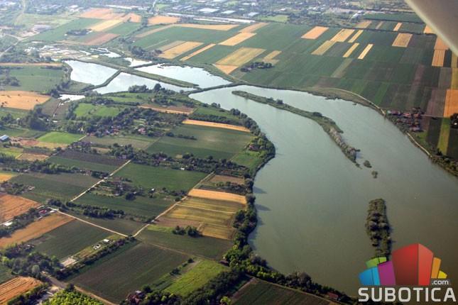 Kvalitet vode Palićkog jezera loš, najveći problem mulj