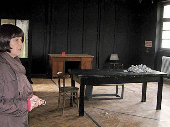 Nikolić obišao Narodno pozorište