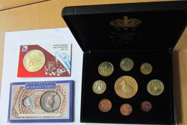 Na Horgošu sprečeno krijumčarenje numizmatičke kolekcije i nakita