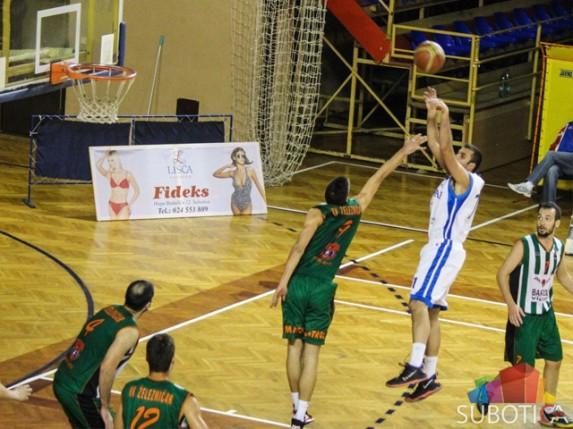 Poraz košarkaša Spartaka od Proletera iz Zrenjanina (77:83)