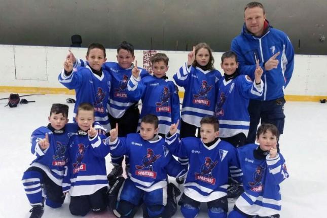 Hokejaši Spartaka (U8) osvojili turnir u Budimpešti