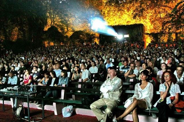 Bioskopski hitovi na Letnjoj pozornici