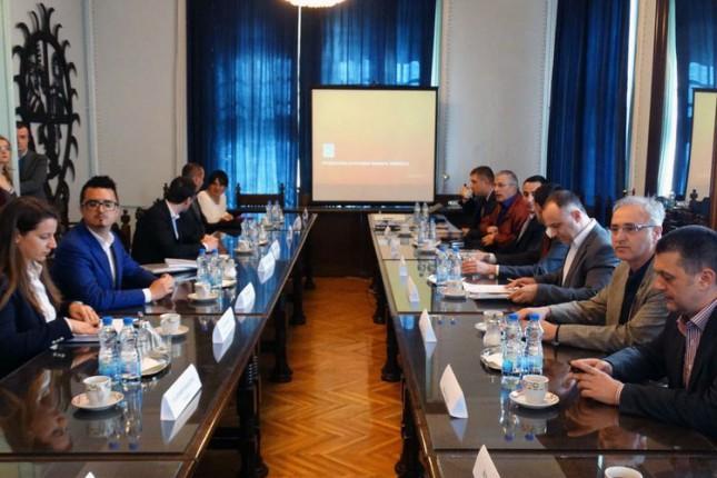 Studijska poseta delegacije iz Crne Gore industrijskim zonama u Srbiji