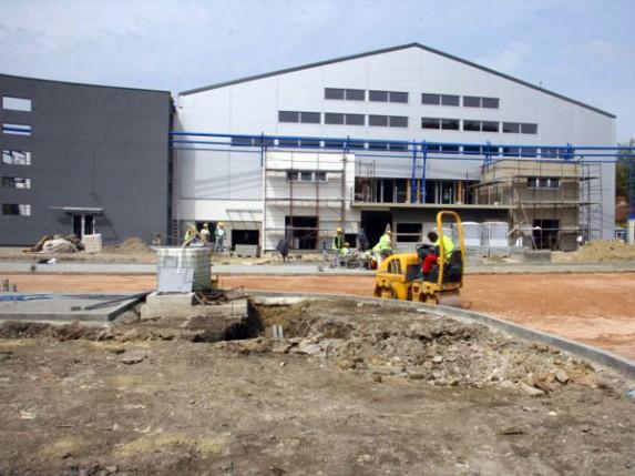 Oliver Dulić: bazen na Prozivci najefikasnije gradilište u Srbiji