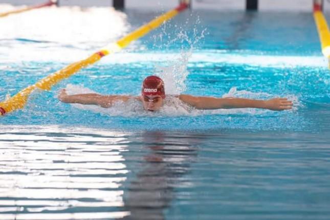 Plivanje: 17 medalja Spartaka na Prvenstvu Srbije za juniore i seniore