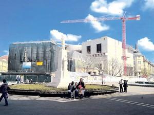 Problemi sa održavanjem gradilišta Pozorišta