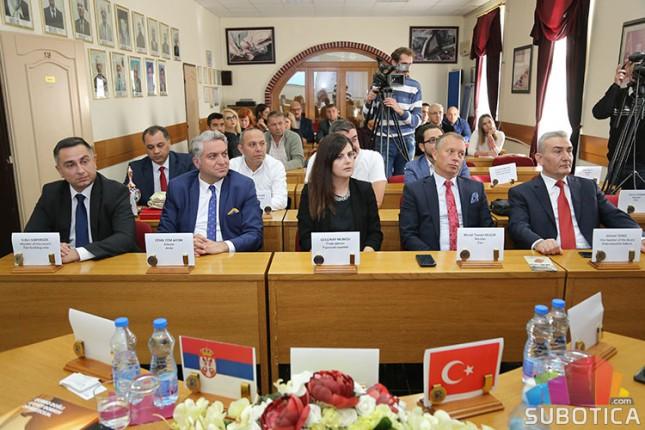 Privredne komore iz Subotice i Erba potpisale sporazum o saradnji