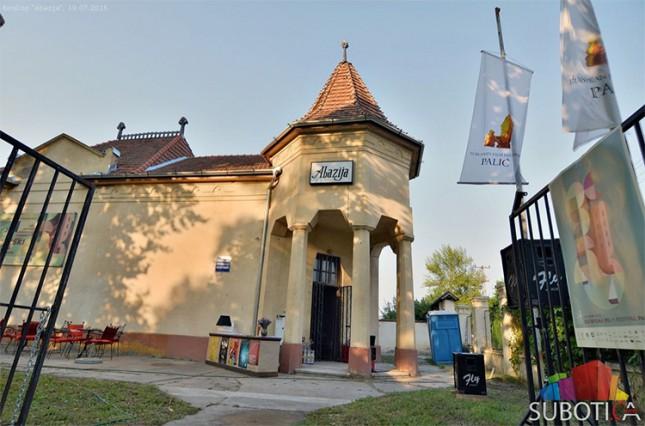 Prvi Dead Lake Horror & Wine Festival na Paliću