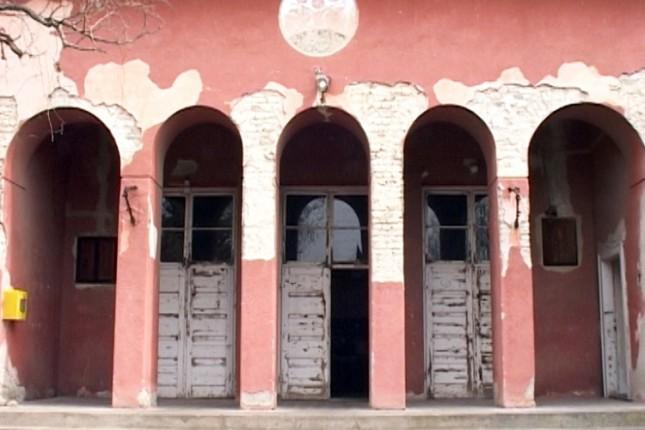 Meštani Bikova pišu peticiju da im se vrati Dom kulture